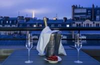 Trouver une chambre d'hôtel avec balcon à Paris !