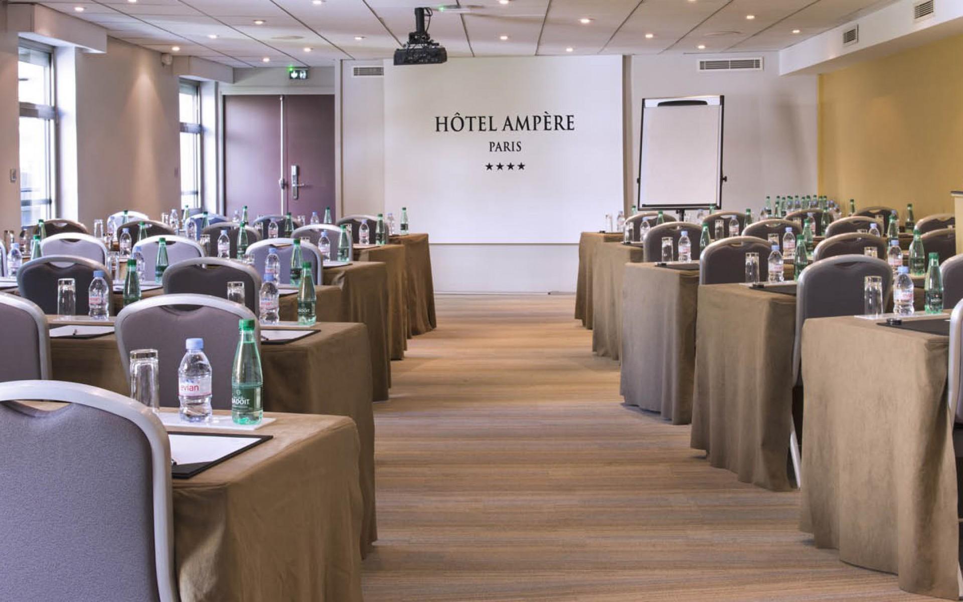 Hôtel Ampère avec salle de séminaire à Paris