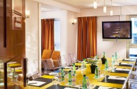 How to find a meeting room in Paris?